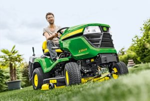 John Deere X350R in action